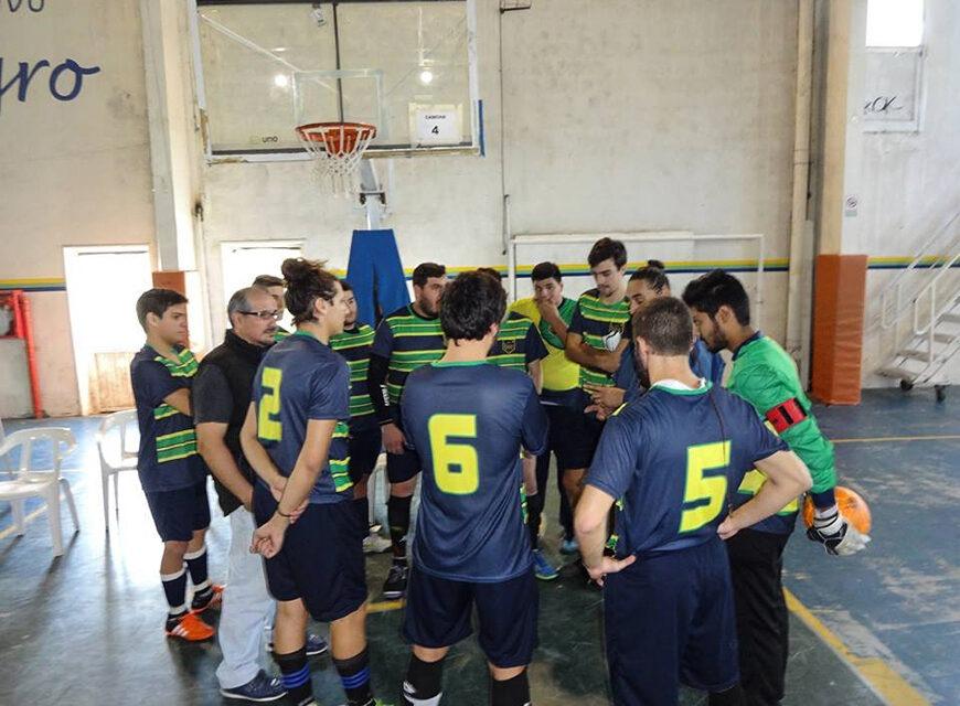 L a primera y la tercera división del Futsal del C.C.C. ganaron como locales.