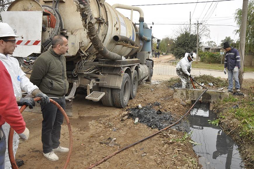 Siguen los trabajos de mantenimiento en el barrio Villanueva