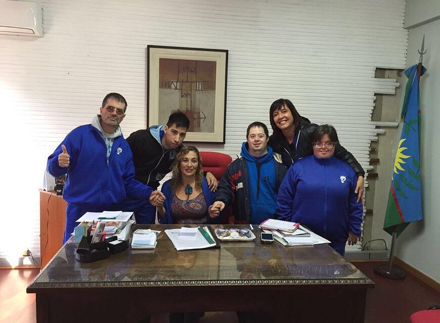 Jóvenes de la Fundación Abriendo Caminos visitaron la Secretaría de Cultura, Educación y Turismo