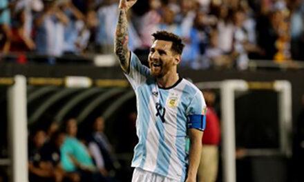 Argentina, con Messi desde el comienzo, enfrenta a Venezuela por el pase a semi