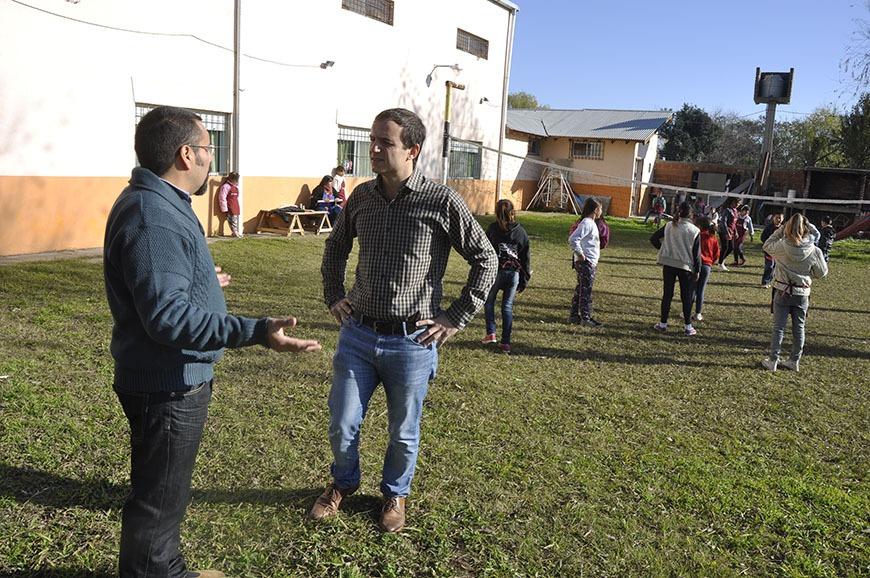 De visita en el hogar Ebenezer, el Intendente compartió actividades con los niños