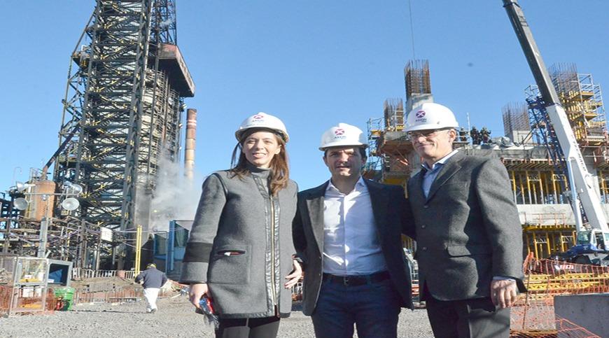 María Eugenia Vidal estuvo en Campana y recorrió las obras de ampliación de AXION energy