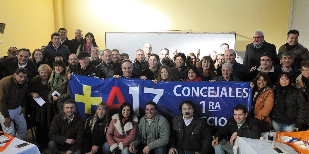 Encuentro de concejales del Frente Renovador en Campana