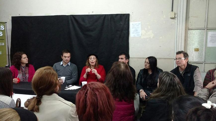 Abella se reunió con alumnos del Instituto N°15