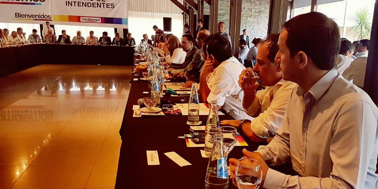 Abella participó del Foro de Intendentes de Cambiemos en San Pedro