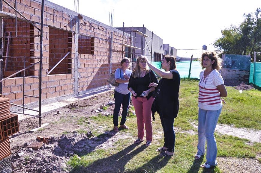 Avanza la construcción de nuevas aulas en escuelas secundarias
