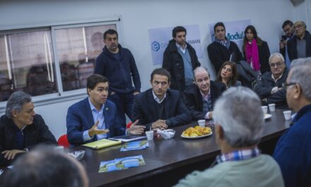 Abella junto a los ministros Cabrera y Tizado, se reunieron con empresarios locales