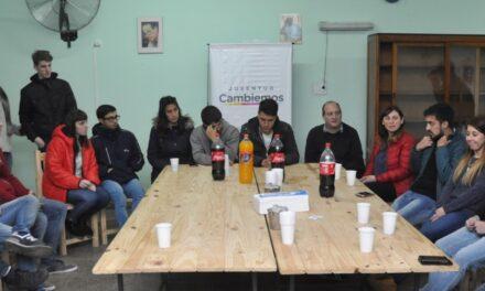 Abella y Roses se reunieron con jóvenes de Cambiemos