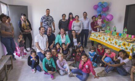 Abella inauguró un centro recreativo y anunció la ampliación de la red de gas en La Josefa