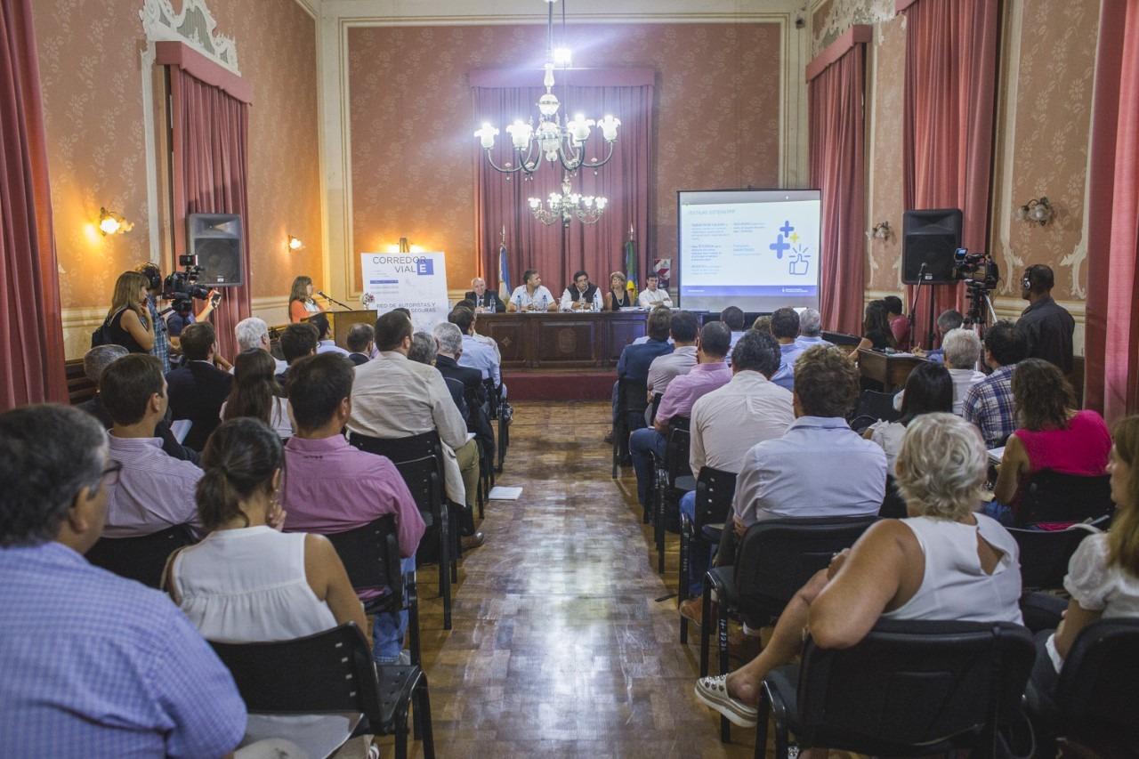 """Abella participó de la audiencia pública por las obras del nuevo Corredor Vial """"E"""""""