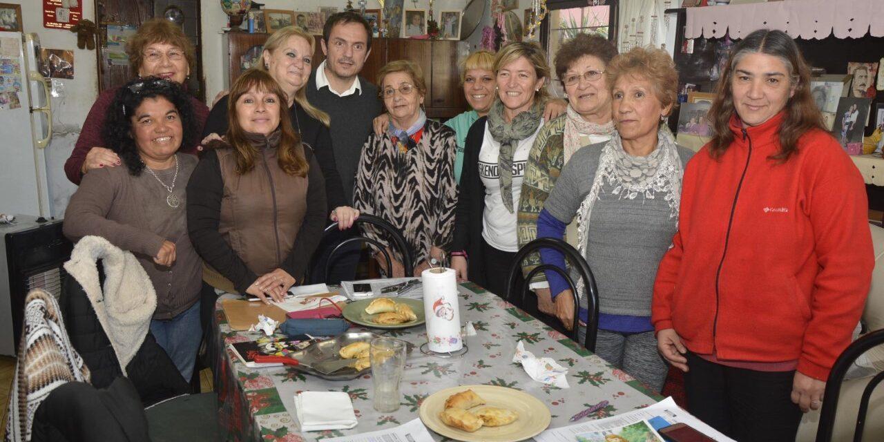Abella se reunió con trabajadoras vecinales de Otamendi