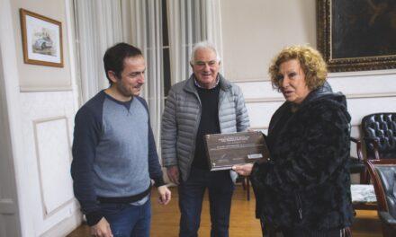 Abella reconoció a la Asociación de vecinos del barrio Villa Dálmine