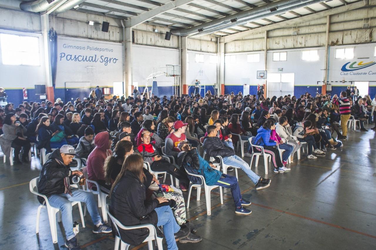 Adolescencia Activa: 200 jóvenes reflexionaron sobre noviazgos violentos