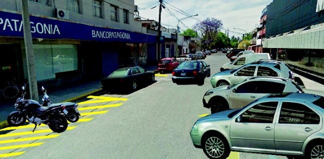 Avanza la implementación del sistema de estacionamiento a 45º