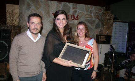 Abella reconoció al Círculo Odontológico de Campana en su 50º aniversario