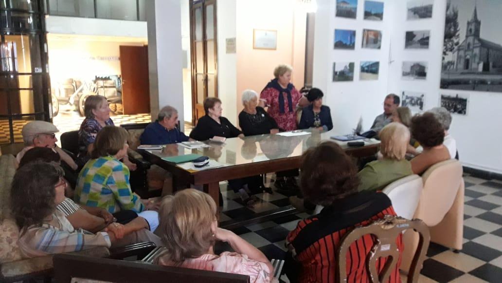 """Adultos mayores participaron de una nueva """"tertulia literaria"""""""