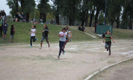 Atletismo: más de 100 chicos participaron de un torneo pre bonaerense