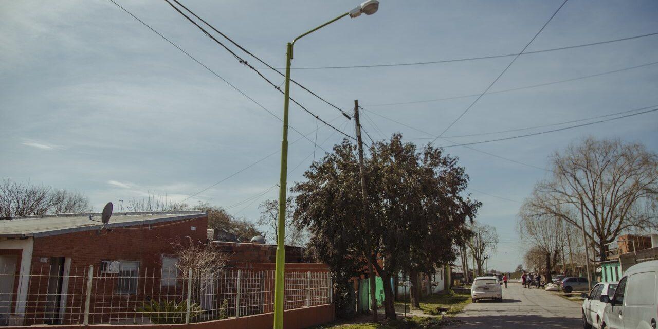 Avanza la instalación de más de 1.200 nuevas luminarias