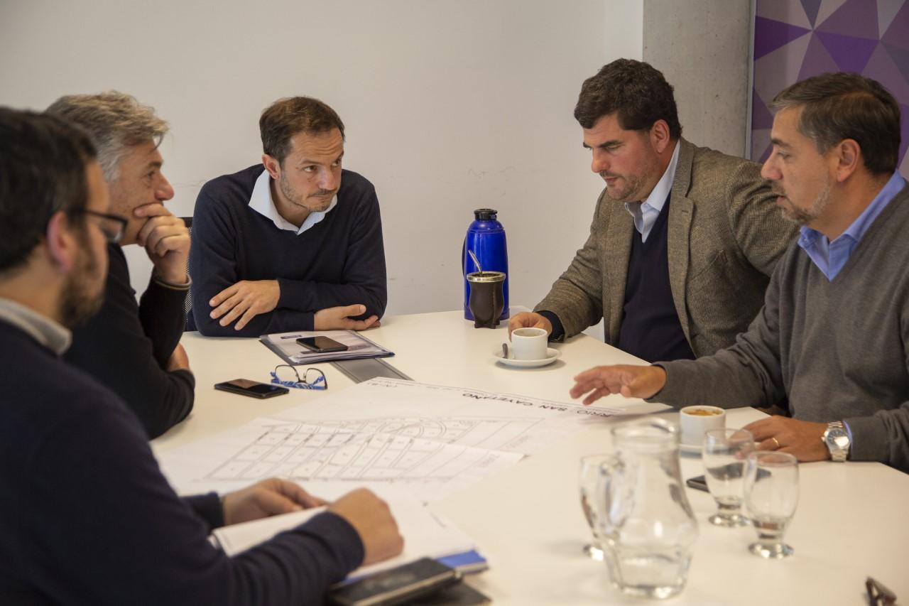 Abella y Burzaco coordinaron acciones para intensificar la presencia de Prefectura