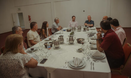 Abella se reunió con referentes de la Cámara de Hoteleros para fomentar el turismo en la ciudad