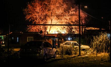 Un incendio intencional destruyó una vivienda en barrio San Felipe