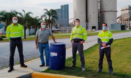 Holcim Argentina entrega alcohol en gel para personal de Salud en Campan