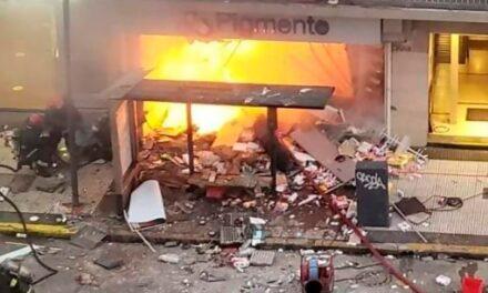 En el dia del Bombero al menos dos  fallecieron y 6 resultaron heridos por una explosión de un local en Villa Crespo