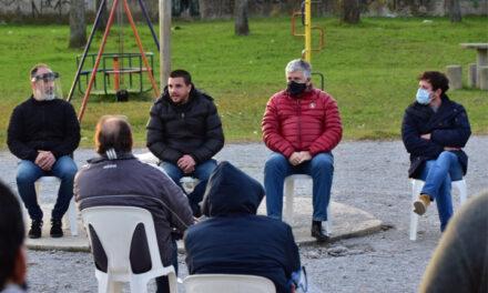 Desde el Ministerio de Seguridad se reunieron con vecinos del barrio Siderca.
