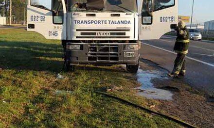 Se incendio otro camión en ruta Panamericana Km 71