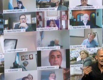 ¿Quién es Juan Emilio Ameri, el Diputado suspendido tras protagonizar una escena íntima en plena sesión?