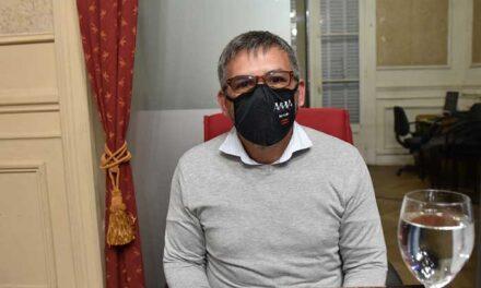"""Contreras: """"en medio de una pandemia, el FdT empezó una interna"""""""