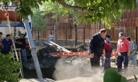 Abella destacó el trabajo conjunto durante el rescate de un operario en la calle Alem