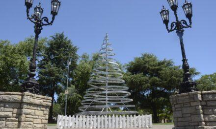 El Municipio se prepara para el encendido del árbol de Navidad