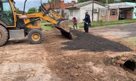 El Municipio reparó un cruce de calle en Las Acacias