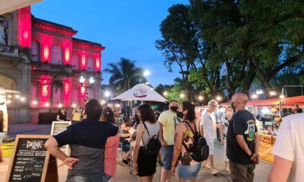 Decenas de familias disfrutaron del paseo de artesanos y propuestas gastronómicas