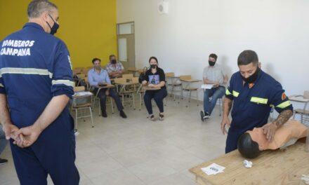 Personal municipal se capacita en primeros auxilios y manejo de incendios