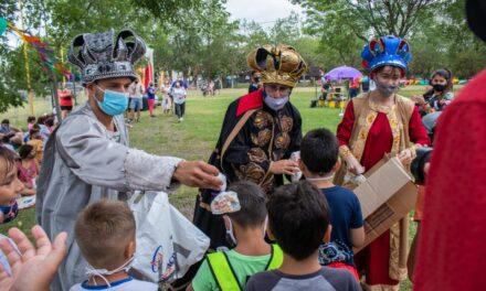 Con la visita de los Reyes Magos, comenzó la Colonia Educativa Municipal