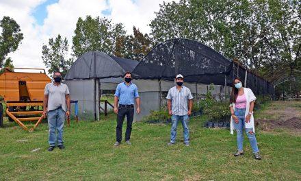 Casaretto visitó el vivero municipal y destacó la importancia del proyecto