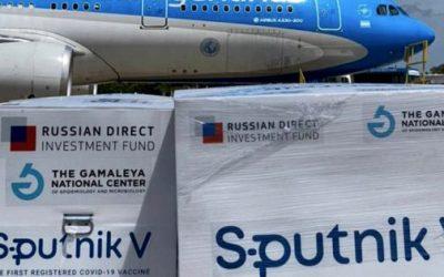 Vacuna Covid:  Llegó a Ezeiza el décimo vuelo de Aerolíneas Argentinas con 300 mil dosis de la vacuna Sputnik V