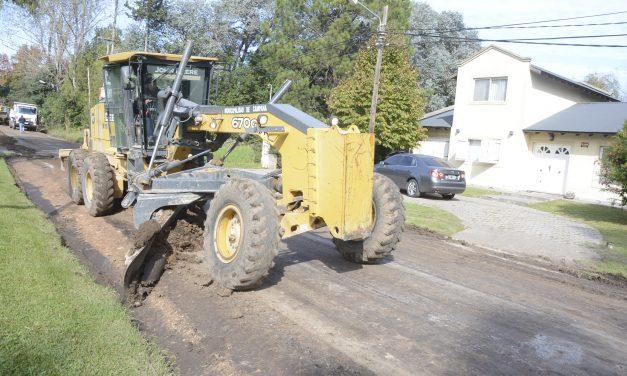 Los trabajos de mantenimiento llegaron al barrio Las Lomadas