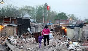 La pobreza en Argentina trepó a 42% y ya afecta a 19 millones de personas en el país