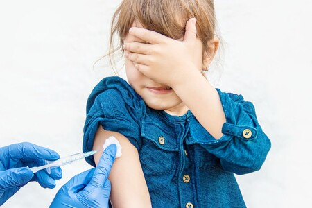 La OMS recomienda priorizar la vacunación para COVID-19 en adultos antes que inmunizar a los niños