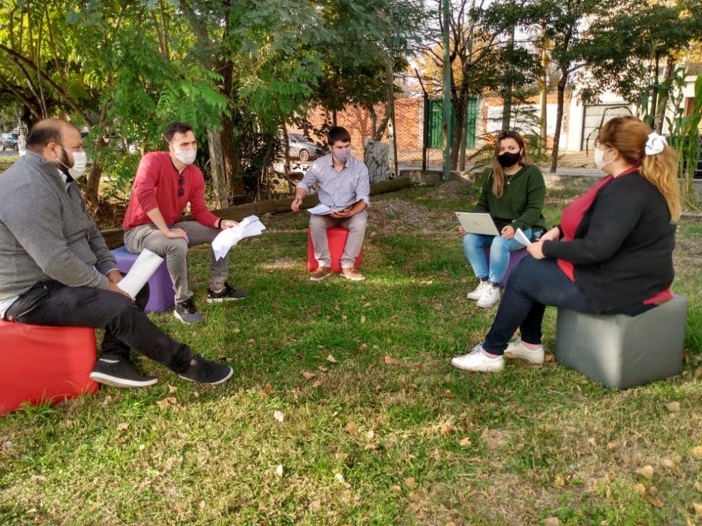 """Jóvenes de Campana lanzaron la """"Red Barrial de Apoyo Escolar"""""""