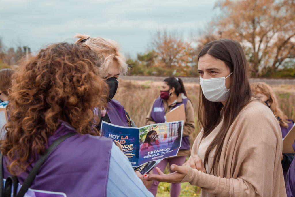 """""""Detectar Educación"""": Elisa Abella acompañó a promotoras barriales que visitaron San Cayetano y Santa Lucía"""