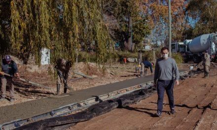 El Municipio construye los senderos internos de la Nueva Costanera