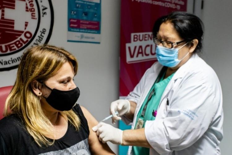 Anticonceptivos y vacunación contra el coronavirus: ¿hay riesgos de sufrir una trombosis?