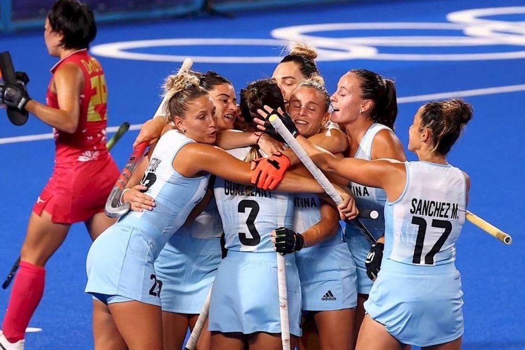 """Victoria de """"Las Leonas"""", que avanzaron a cuartos de final"""