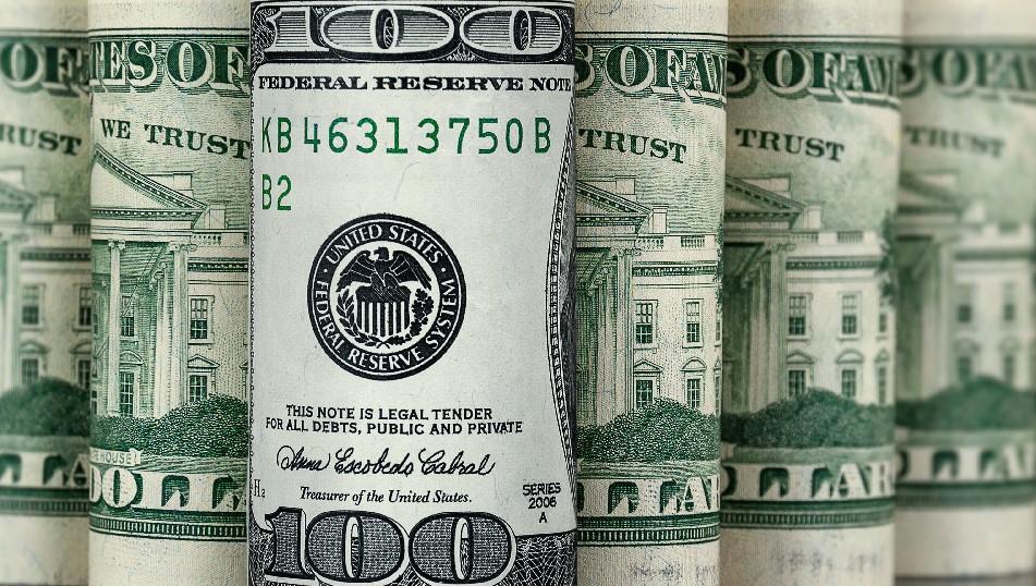 El dólar blue toca los $180 y la brecha se ubica en un máximo de seis meses