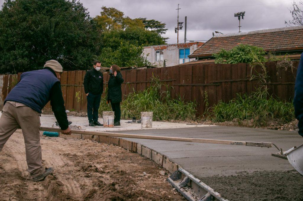 Finaliza el hormigonado del nuevo estacionamiento de la Costanera