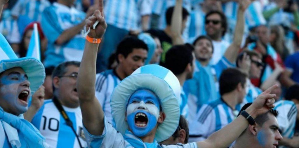 VUELVE EL PUBLICO A LAS CANCHAS: salió el DNU que permite público en Argentina vs. Bolivia